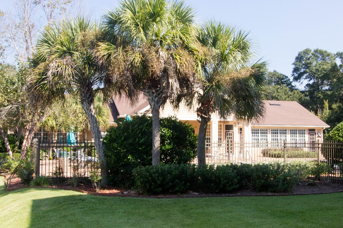 Apartments for Rent in Pensacola at Village at Southern Oaks Apartments in Pensacola, FL