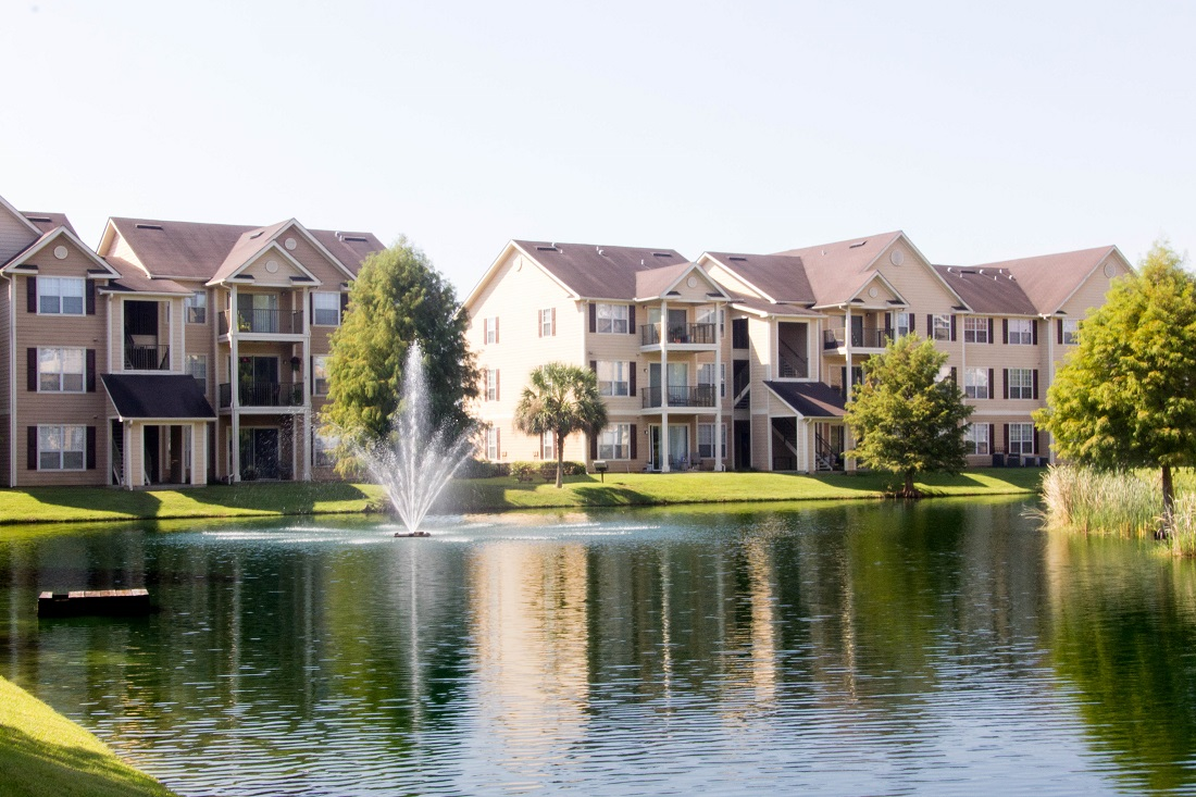 Apartments for Lease in Pensacola at Village at Southern Oaks Apartments in Pensacola, FL