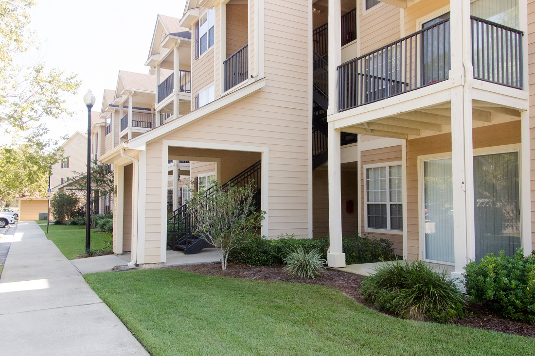 Personal Balconies at Village at Southern Oaks Apartments in Pensacola, FL