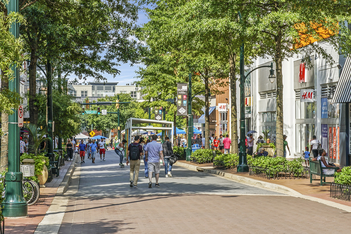 15 minutes to Downtown Silver Spring