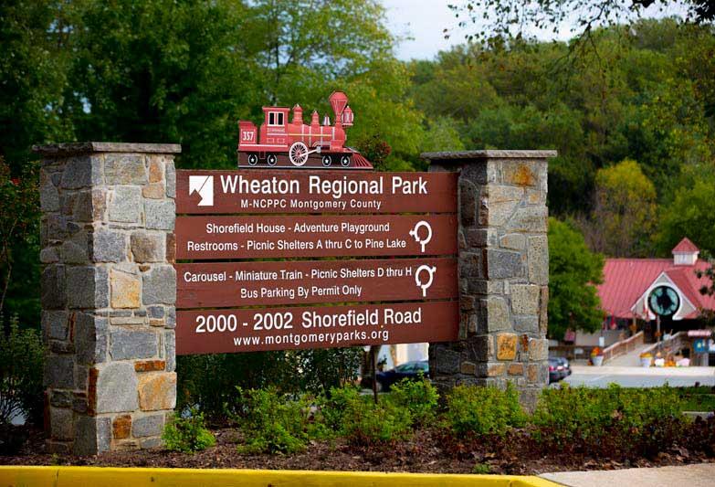 10 minutes to Wheaton Regional Park