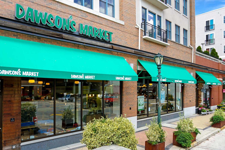 10 minutes to Dawson's Market in Rockville, MD