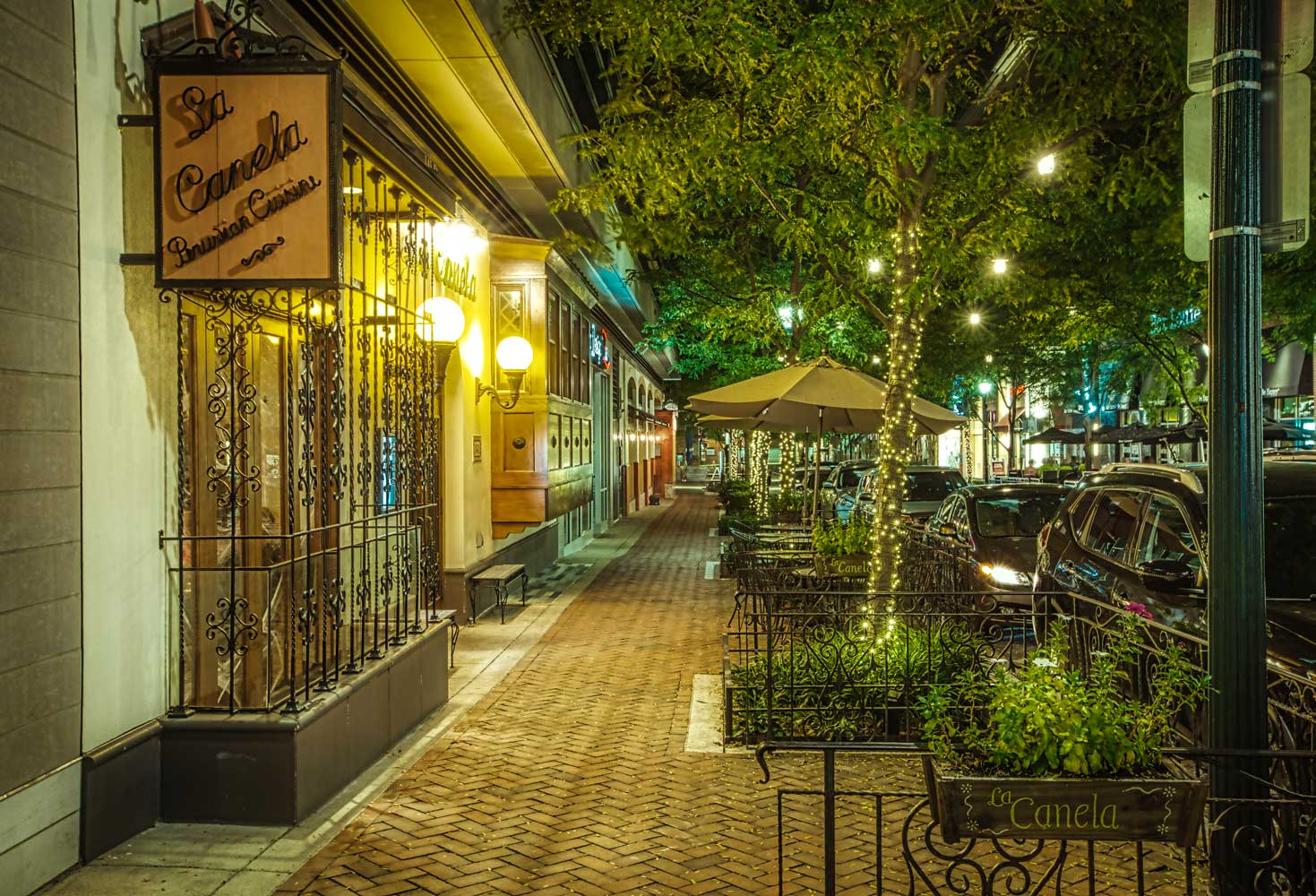 Rockville Town Square is 10 minutes from Village Square West Apartments
