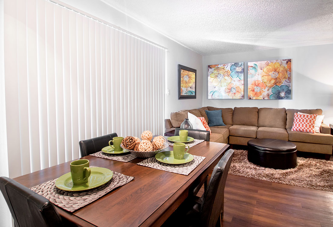 Living and Dining Areas for Entertaining at Villas of Oak Creste Apartments in San Antonio, TX