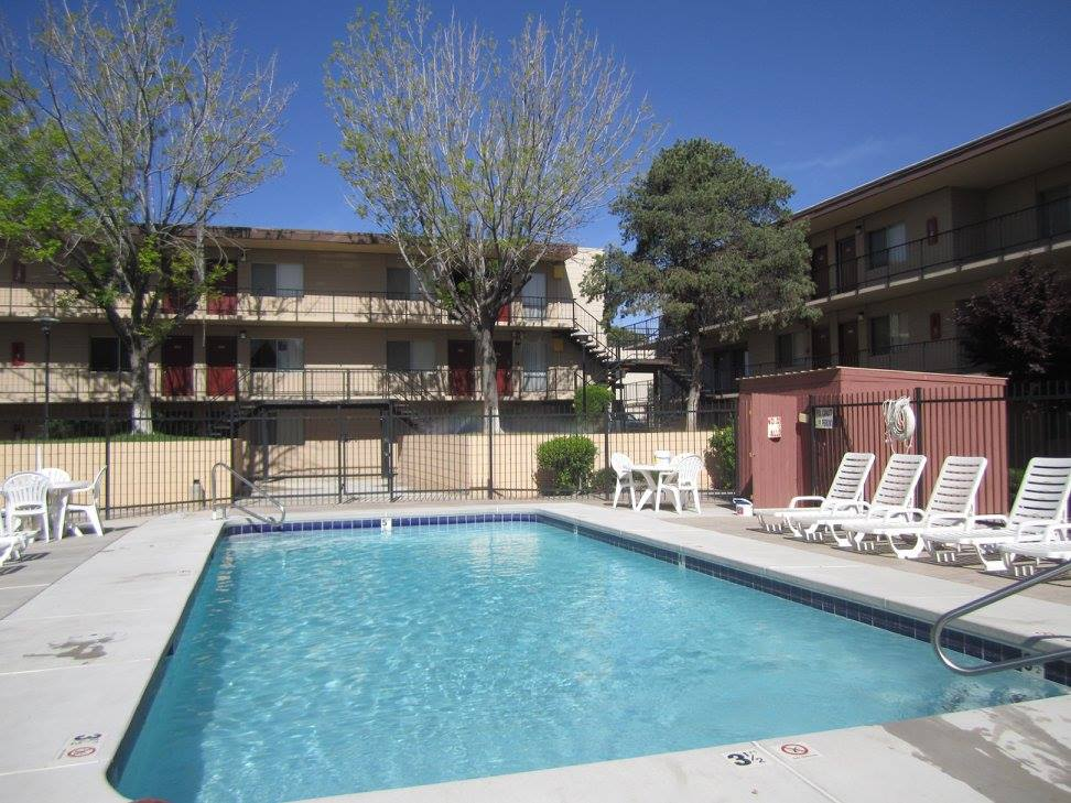 Community Pool at The Villas @ Uptown Apartments in Albuquerque, NM