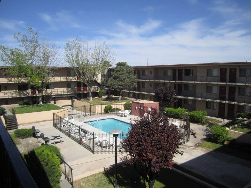 Pet Friendly Community at The Villas @ Uptown Apartments in Albuquerque, NM