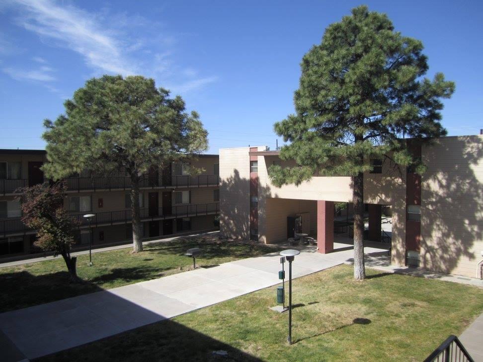 Apartments in Albuquerque at The Villas @ Uptown Apartments in Albuquerque, NM