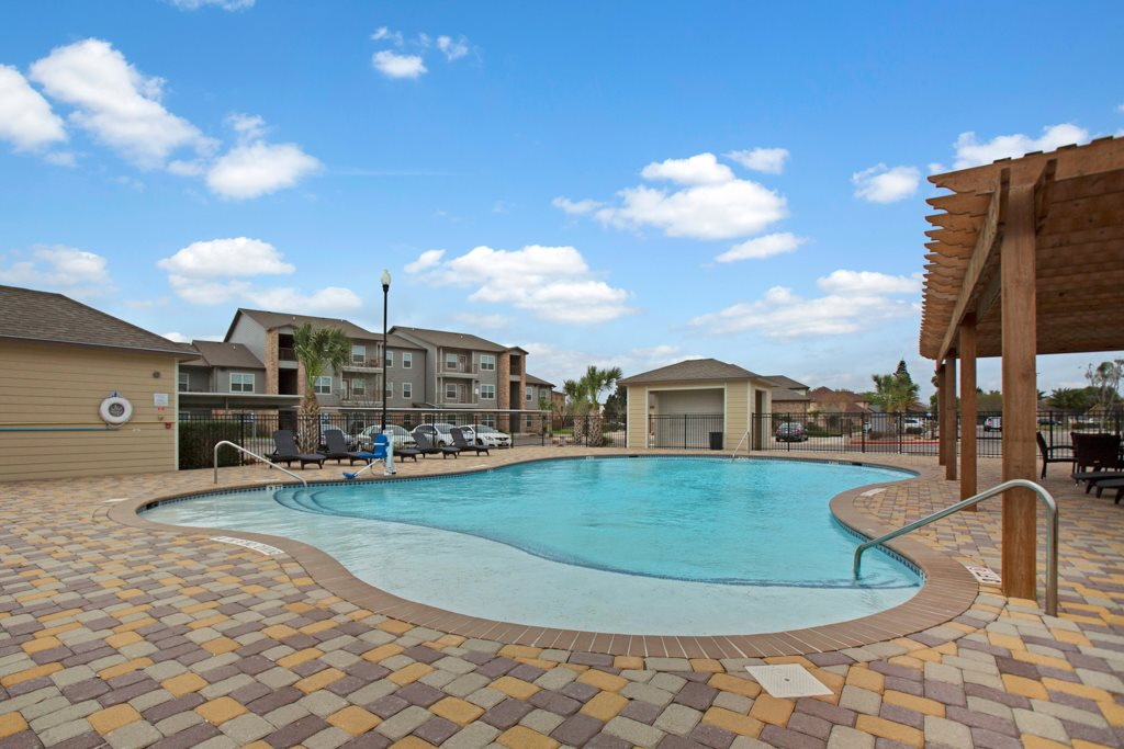 Sparkling Pool at Vista Monterrey Apartment Homes in Brownsville, Texas
