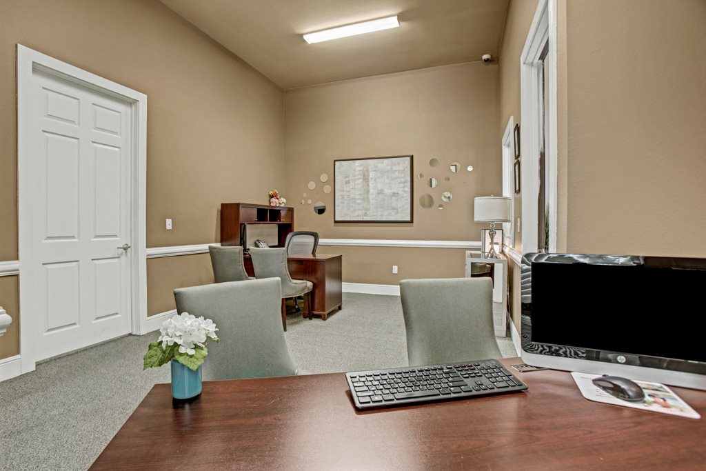 Business Center at Vista Monterrey Apartment Homes in Brownsville, Texas