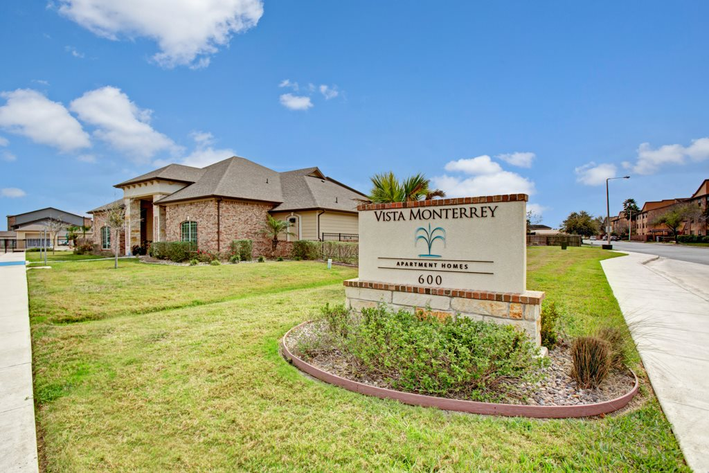 On-Site Maintenance at Vista Monterrey Apartment Homes in Brownsville, Texas
