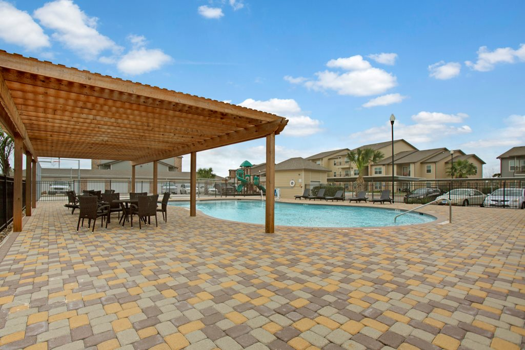 Pool and Sun Deck at Vista Monterrey Apartment Homes in Brownsville, Texas