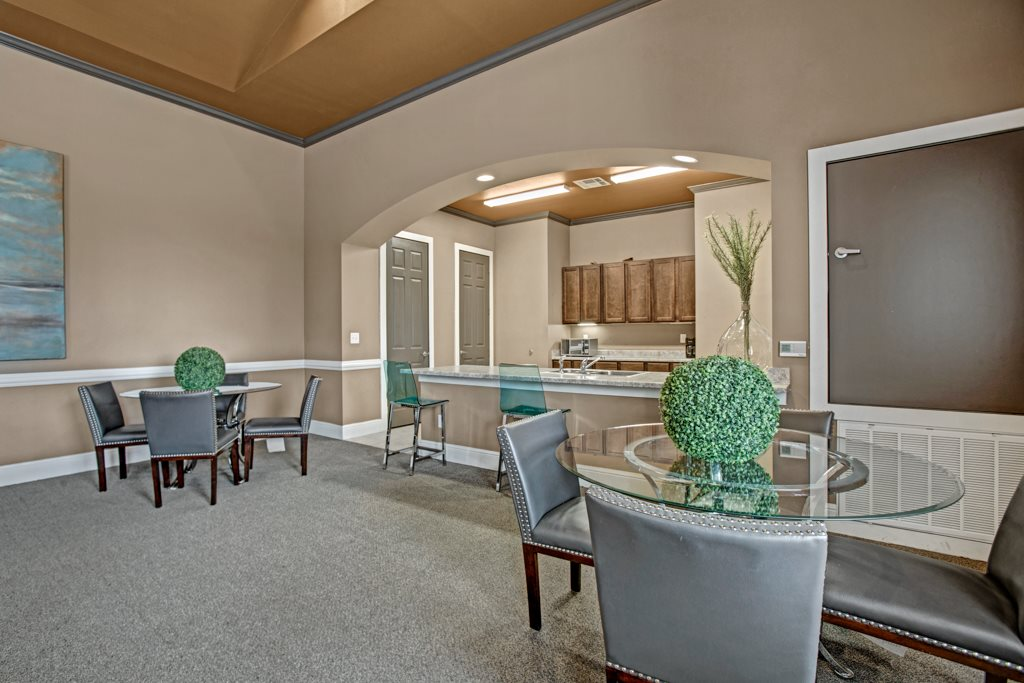 Resident Lounge at Vista Monterrey Apartment Homes in Brownsville, Texas