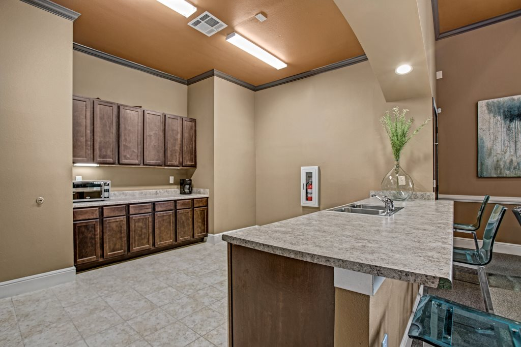 Large Kitchens at Vista Monterrey Apartment Homes in Brownsville, Texas