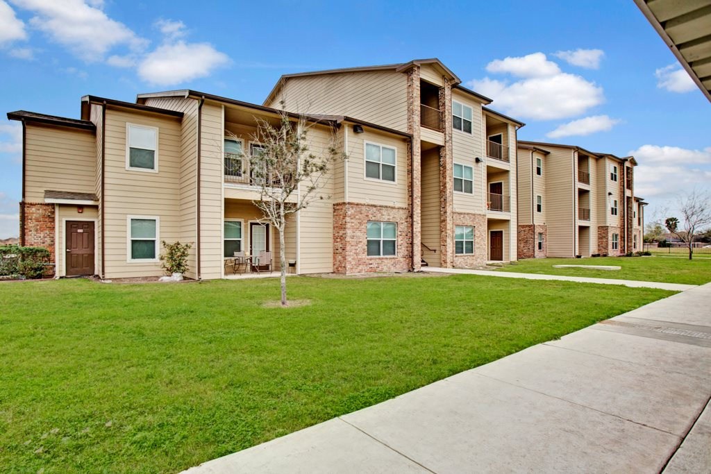 Lush Landscaping at Vista Monterrey Apartment Homes in Brownsville, Texas