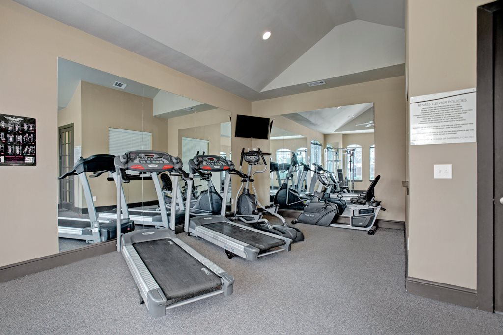On-Site Fitness Center at Vista Monterrey Apartment Homes in Brownsville, Texas