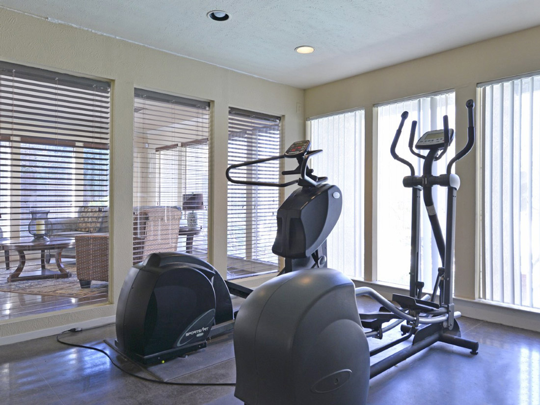 On-Site Gym at 6Eleven Lamar Apartments in Arlington, Texas