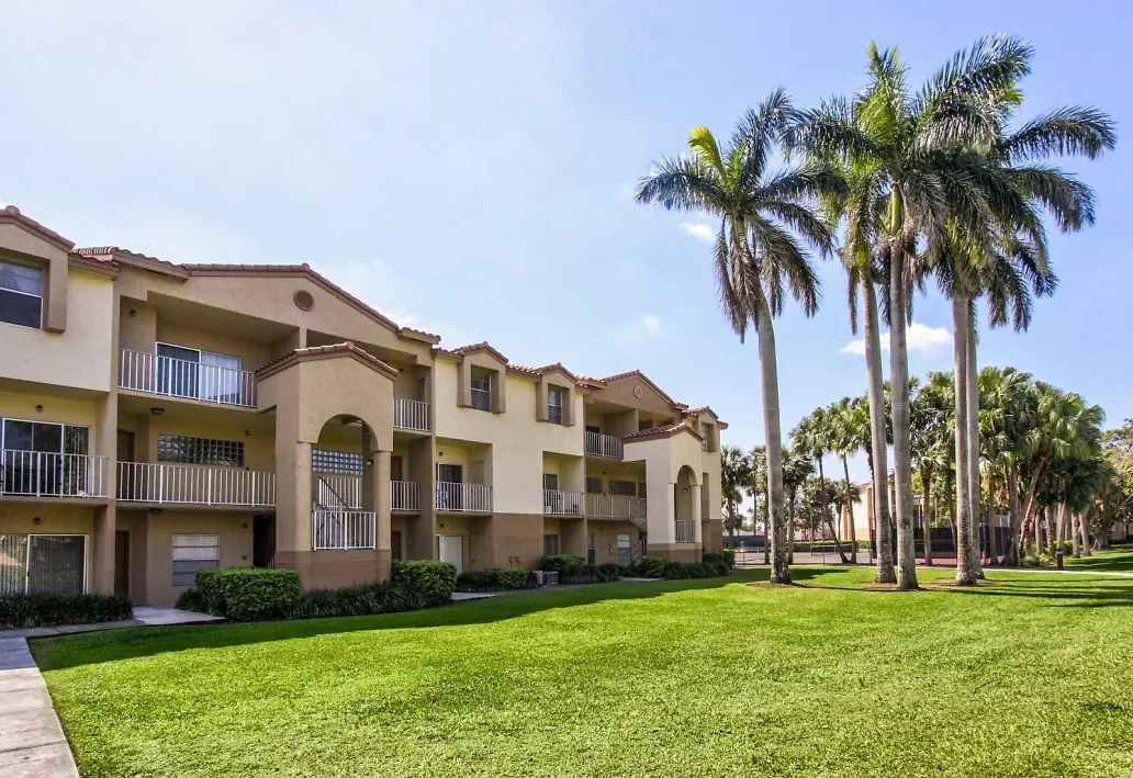 Tropical Atmosphere at Waterford Landing Apartments in Miami, FL