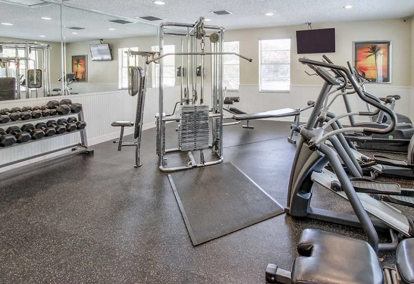Fitness Center at Waterford Landing Apartments in Miami, FL
