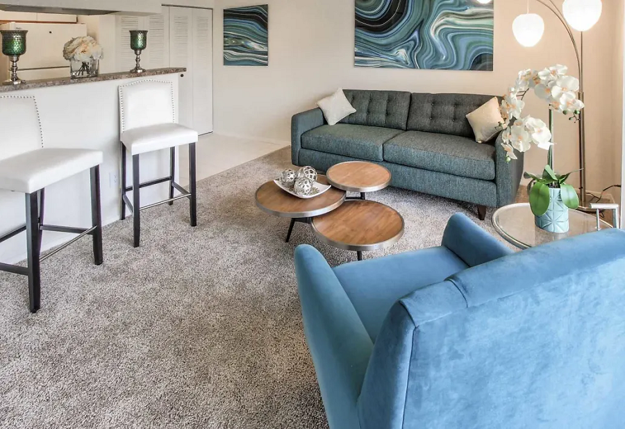 Neutral Color Scheme at Waterford Landing Apartments in Miami, FL