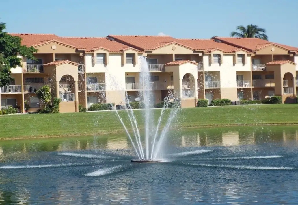 Upscale Landscaping at Waterford Landing Apartments in Miami, FL