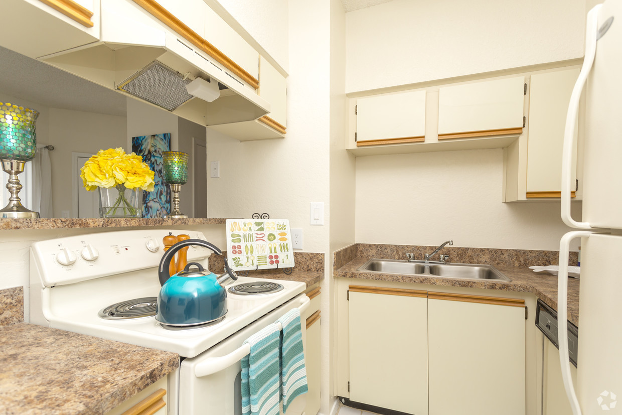 Equipped Kitchen at Waterford Landing Apartments in Miami, FL