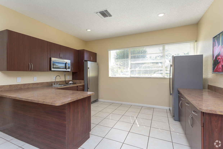 Spacious Kitchen at Waterford Landing Apartments in Miami, FL