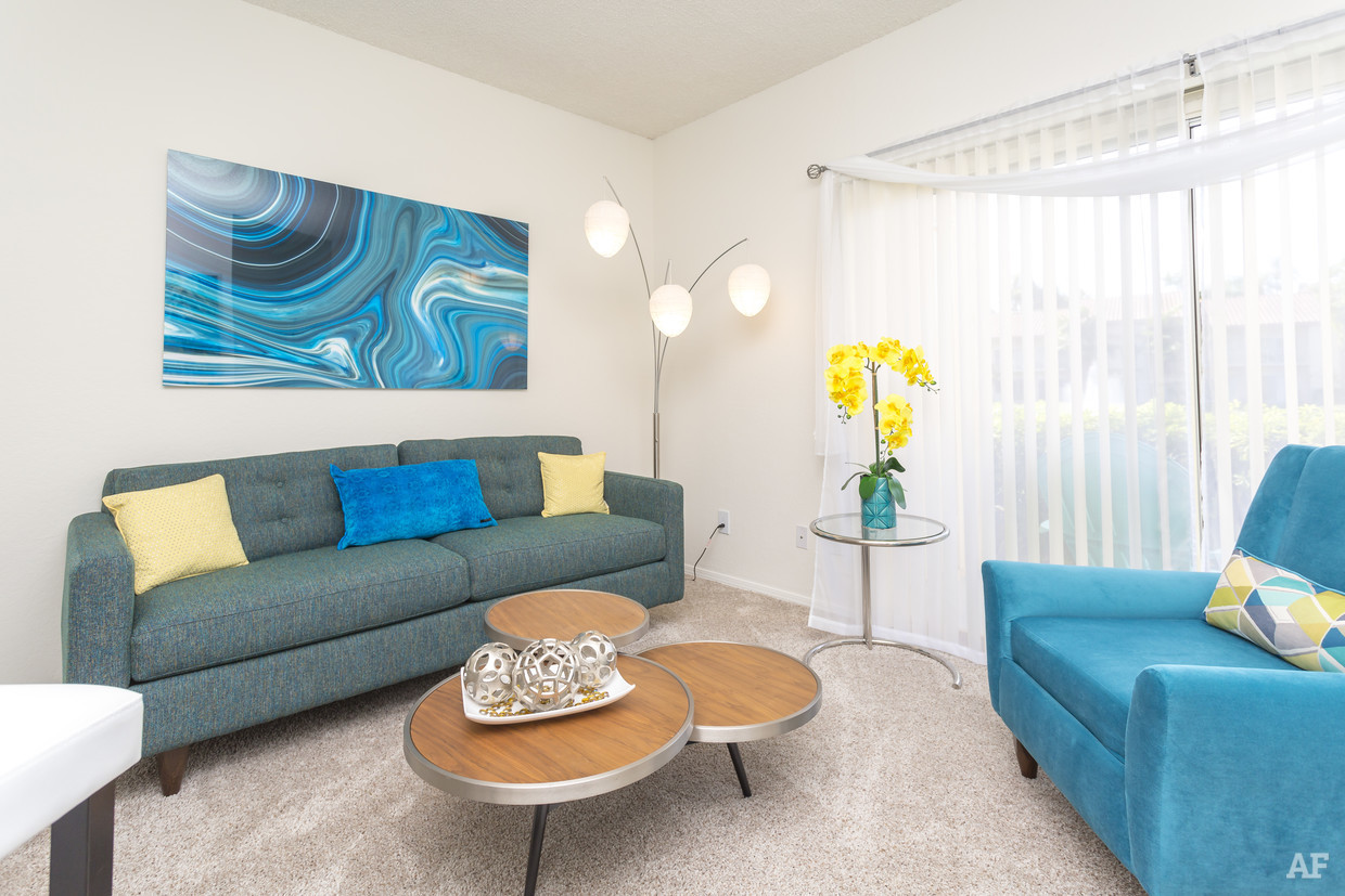Living Area at Waterford Landing Apartments in Miami, FL