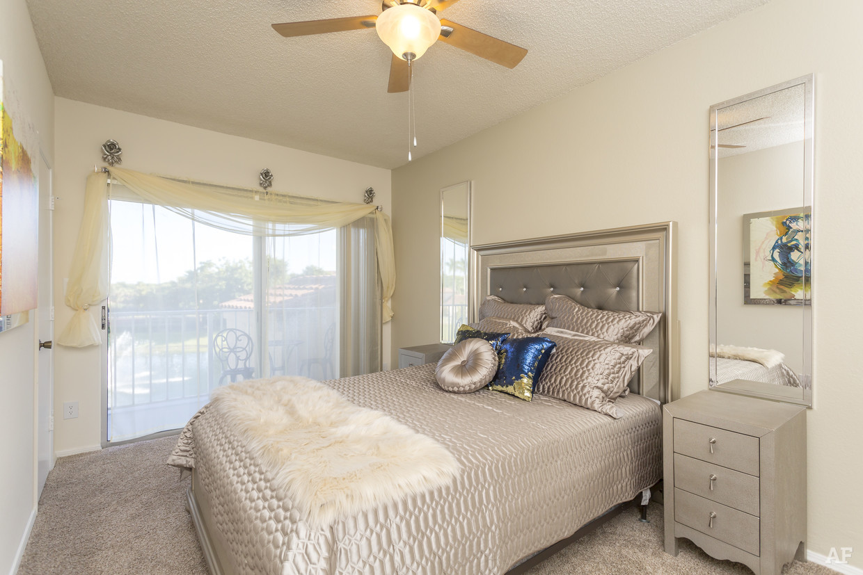 Bedroom with Window View at Waterford Landing Apartments in Miami, FL