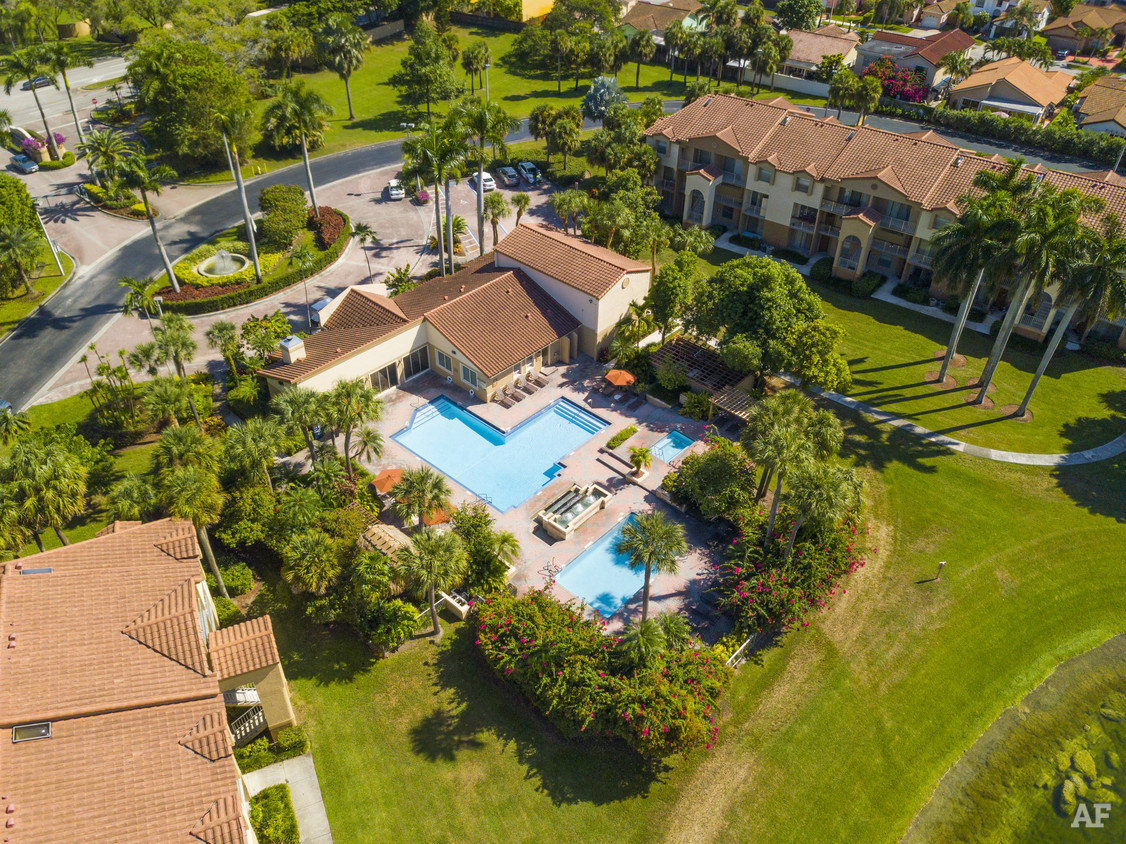 Aerial View at Waterford Landing Apartments in Miami, FL