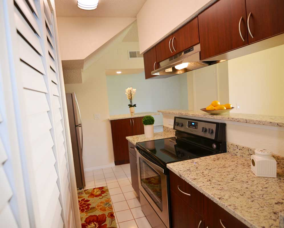 Electric Appliances at Waterford Point Apartments in Miami, Florida
