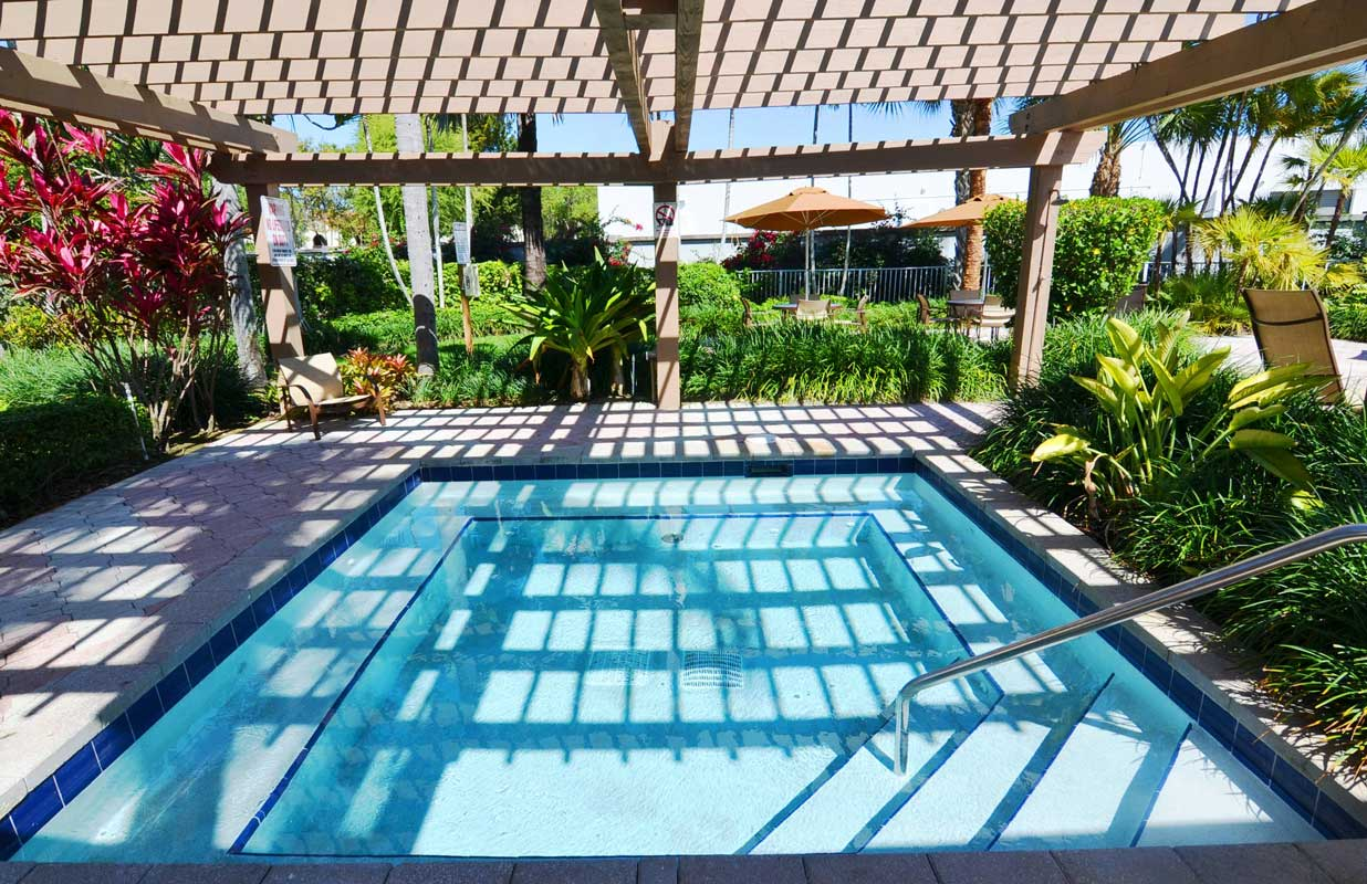 Resort Style Pool at Waterford Point Apartments in Miami, Florida
