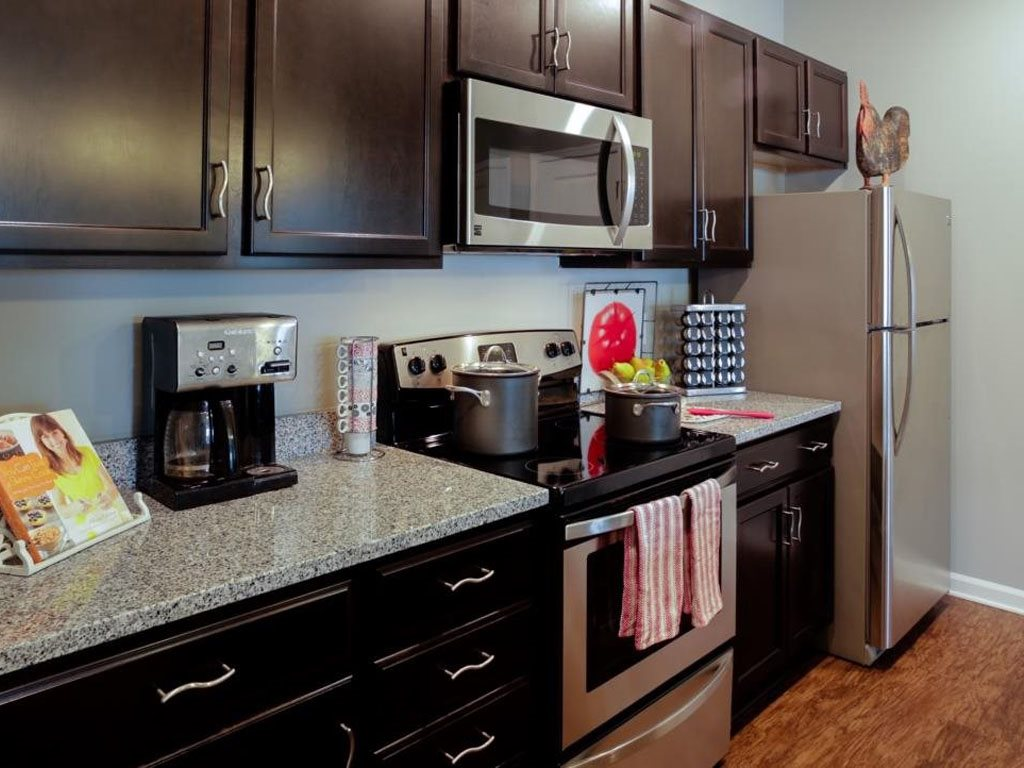 Stainless Steel Appliances at The Watermark Apartments in Norfolk, Virginia