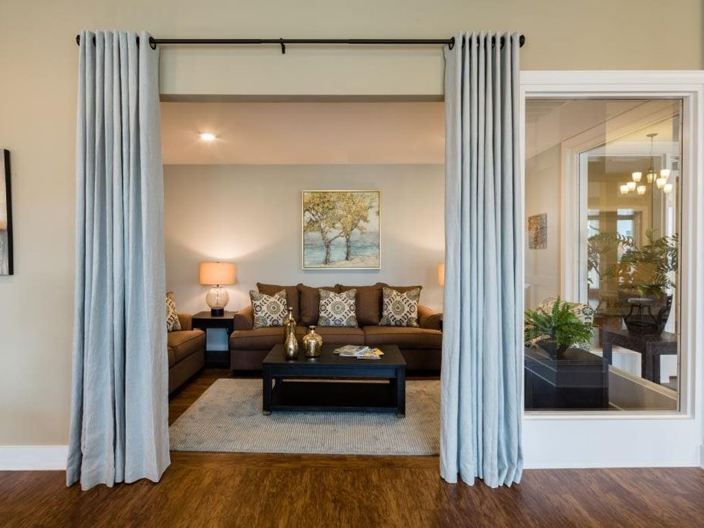 Studio Apartments Available at The Watermark Apartments in Norfolk, Virginia