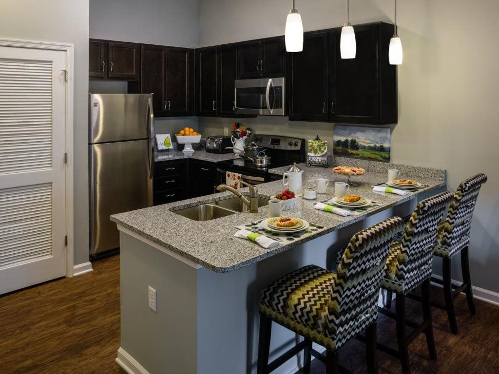 Fully Equipped Kitchen at The Watermark Apartments in Norfolk, Virginia