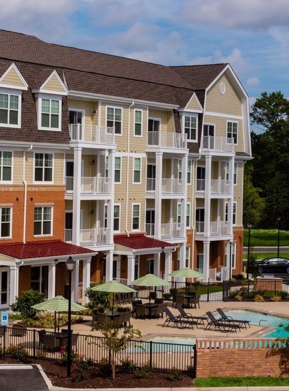 Luxurious Apartments for Rent in Norfolk at The Watermark Apartments in Norfolk, Virginia