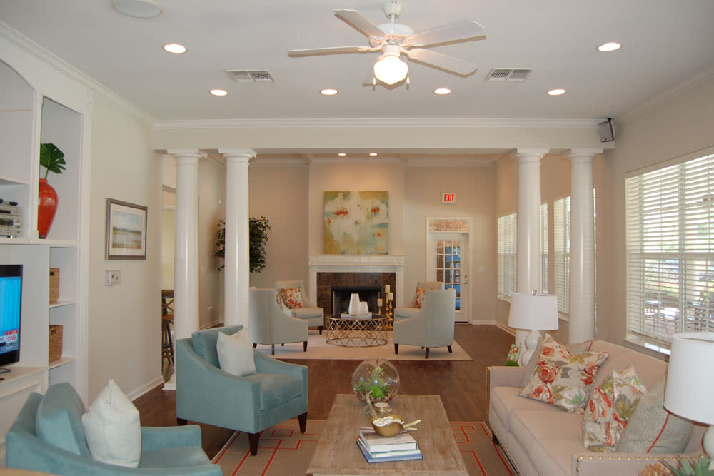 Luxury Clubhouse at Village at Westlake Apartments in Shreveport, Louisiana