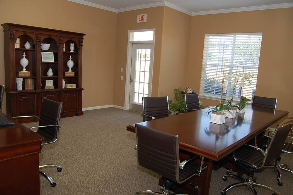 Business Center at Village at Westlake Apartments in Shreveport, Louisiana