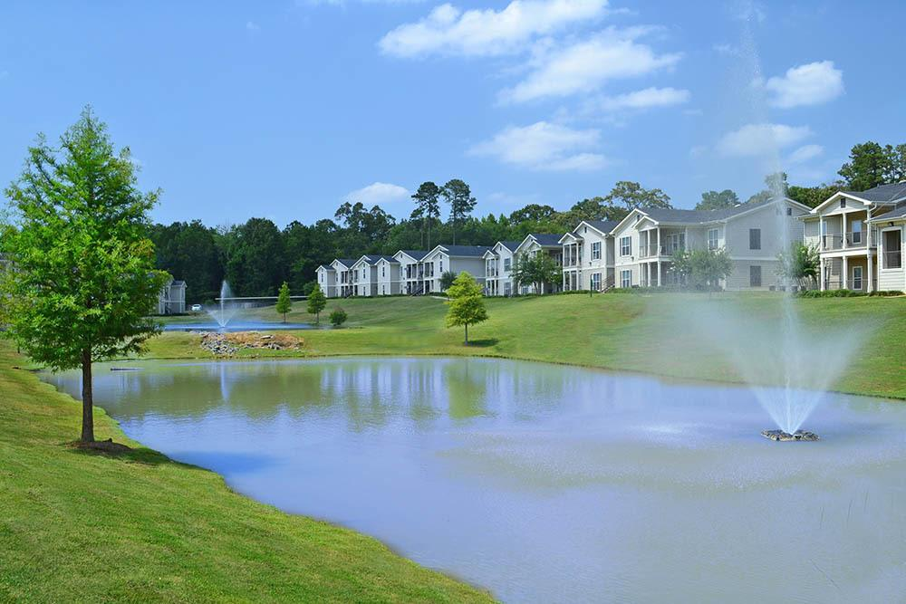 Maintenance Free Living at Village at Westlake Apartments in Shreveport, Louisiana