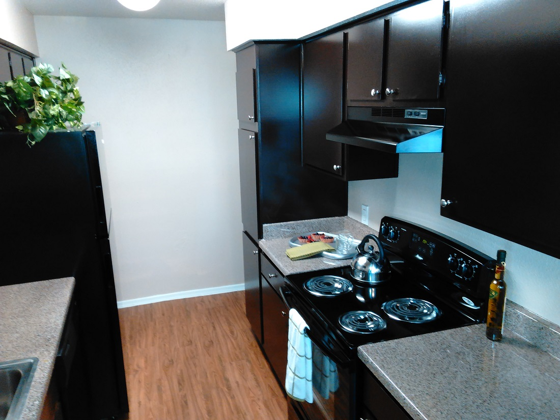 Modern Kitchens at Westmount at Summer Cove Apartments in Houston, TX
