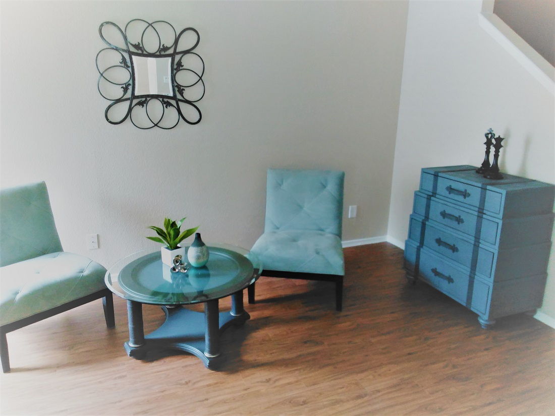 Spacious Living Rooms at Westmount at Summer Cove Apartments in Houston, TX