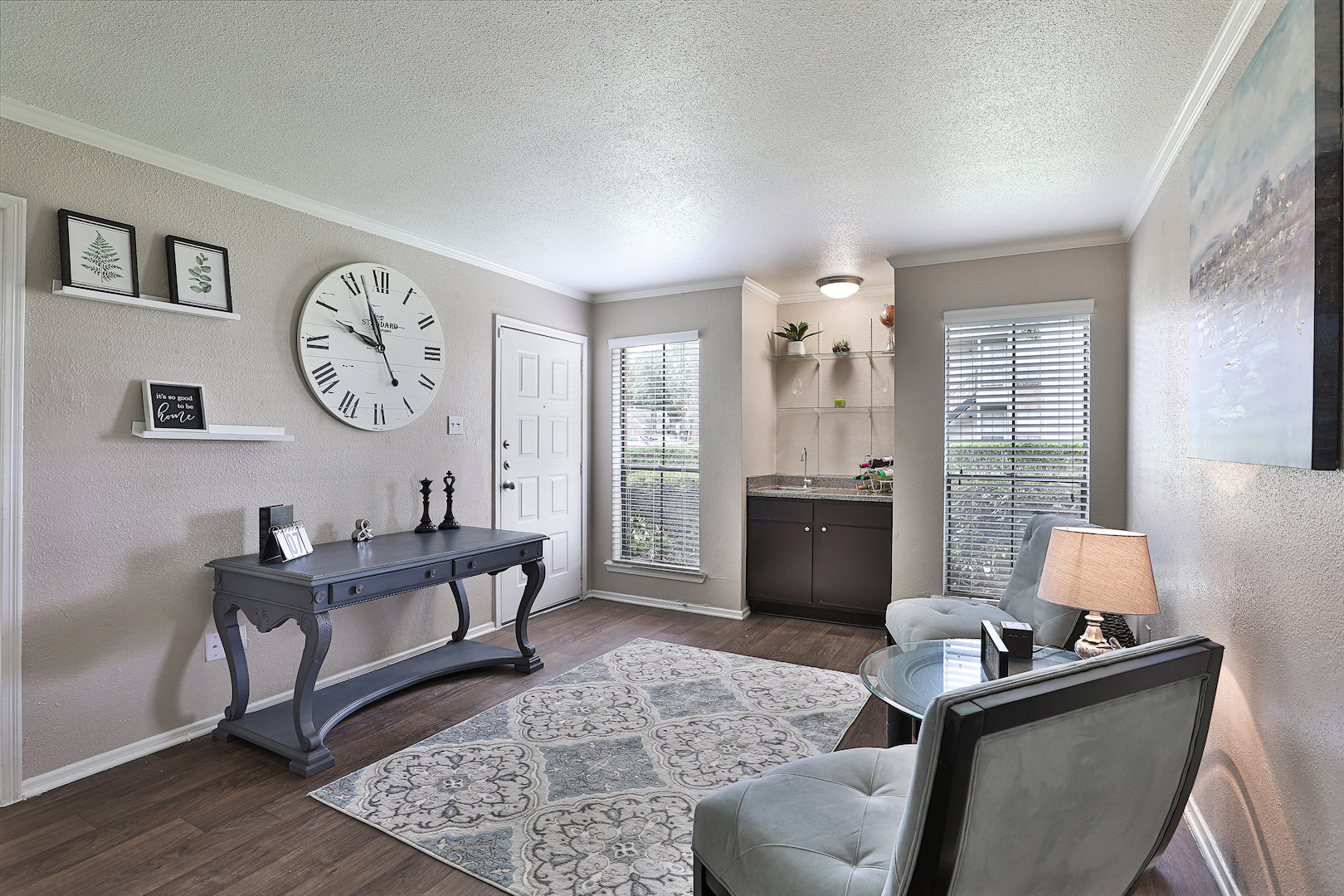 Living Area with Natural Light at Westmount at Summer Cove Apartments in Houston, TX