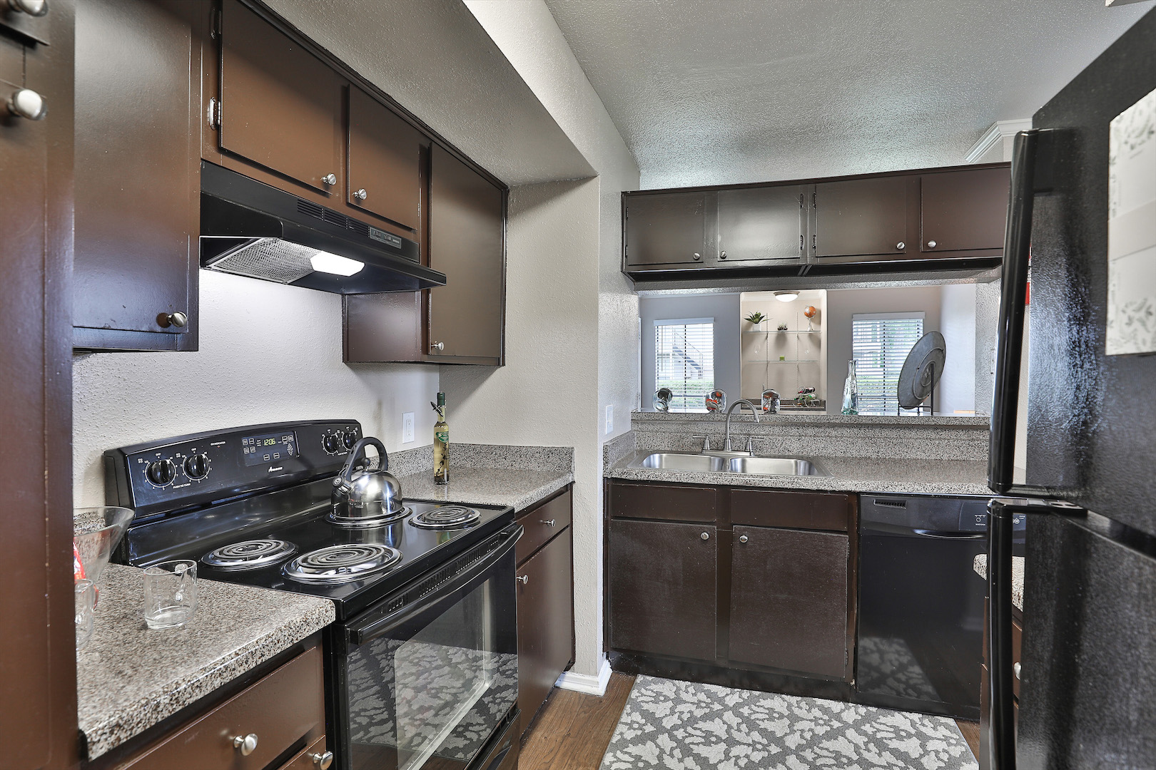 Fully Equipped Kitchen at Westmount at Summer Cove Apartments in Houston, TX