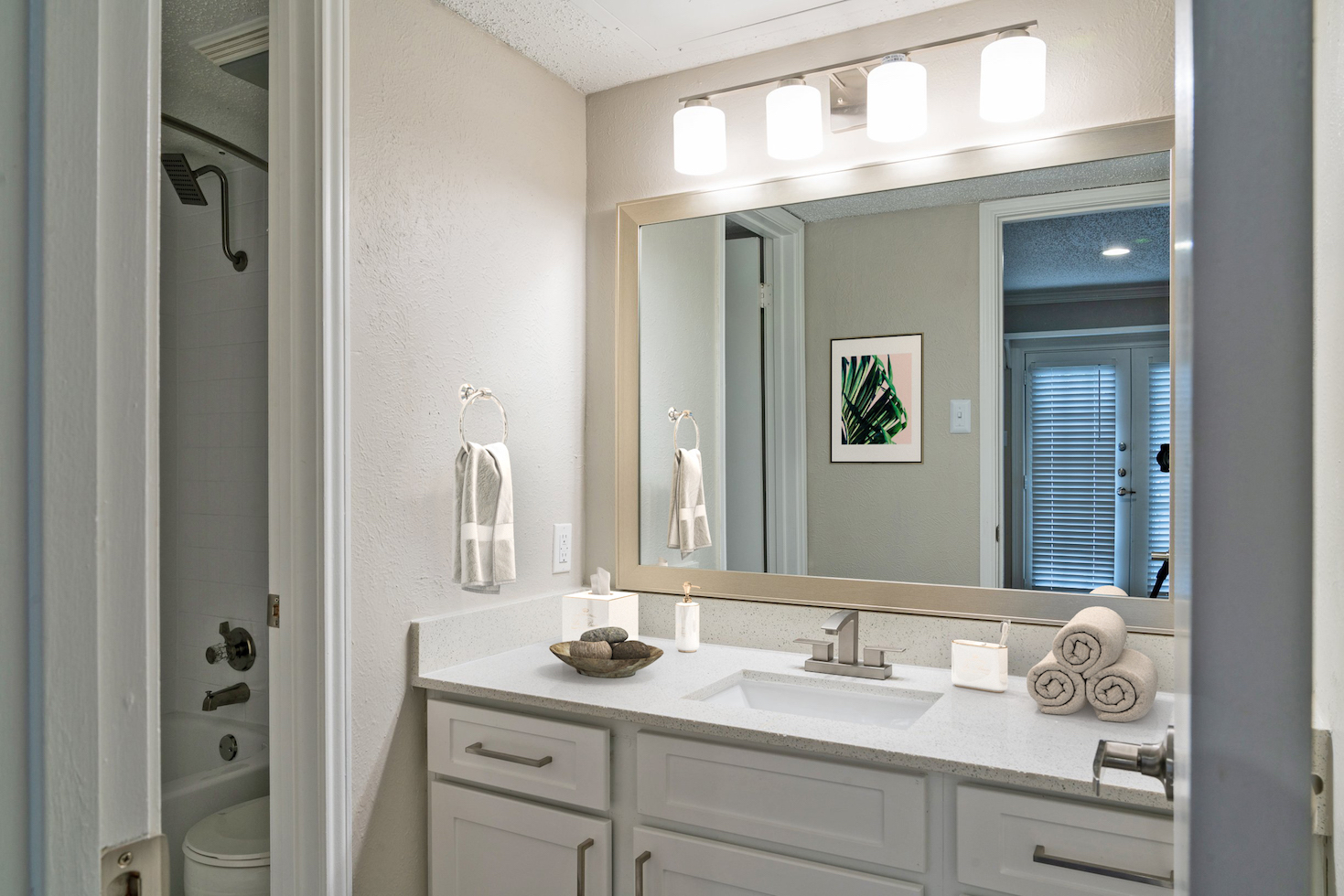 Large Granite Vanity at Westmount at River Park Apartments in Fort Worth, TX