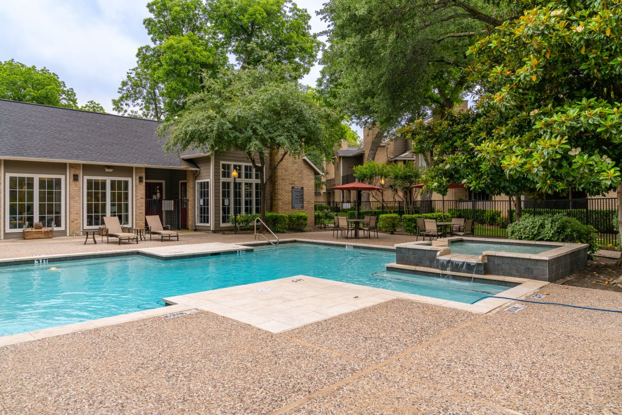 Swimming Pool at Westmount at River Park Apartments in Fort Worth, TX