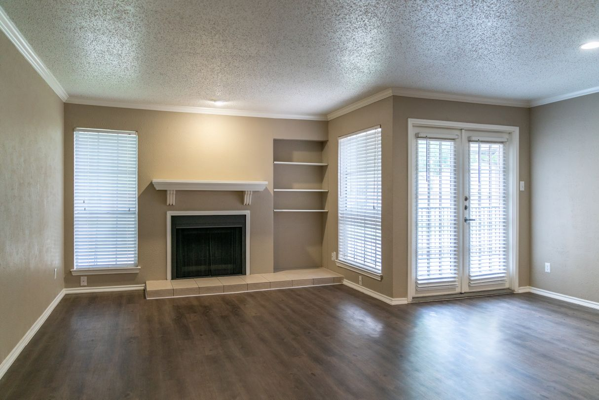 Hardwood Flooring at Westmount at River Park Apartments in Fort Worth, TX