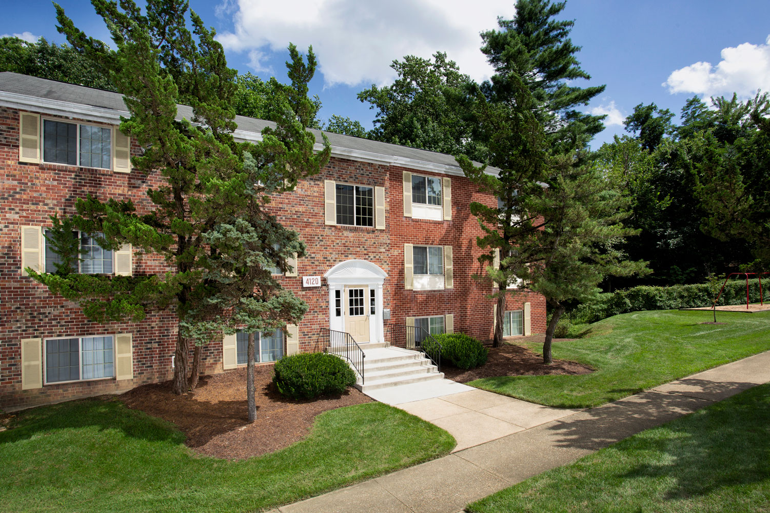 1, 2 and 3-bedroom apartments at Whitehall Square Apartments in Suitland, MD