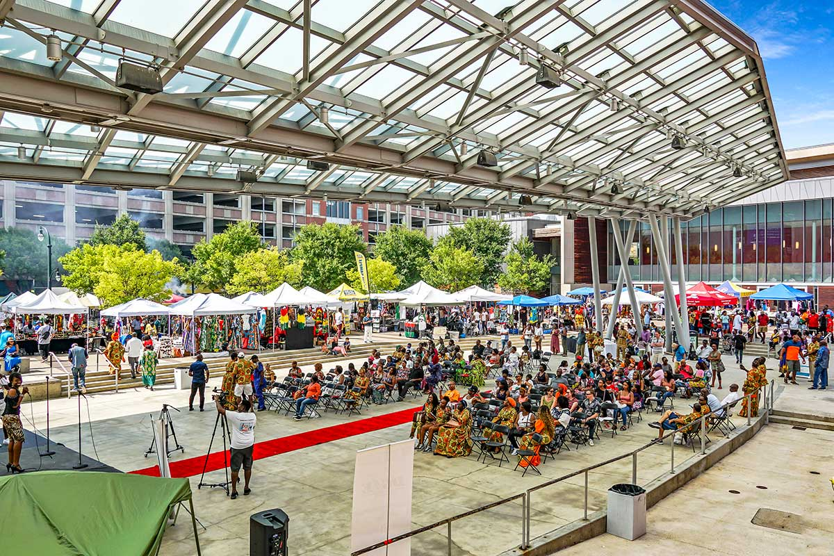 10 minutes to concerts and events in Downtown Silver Spring, MD
