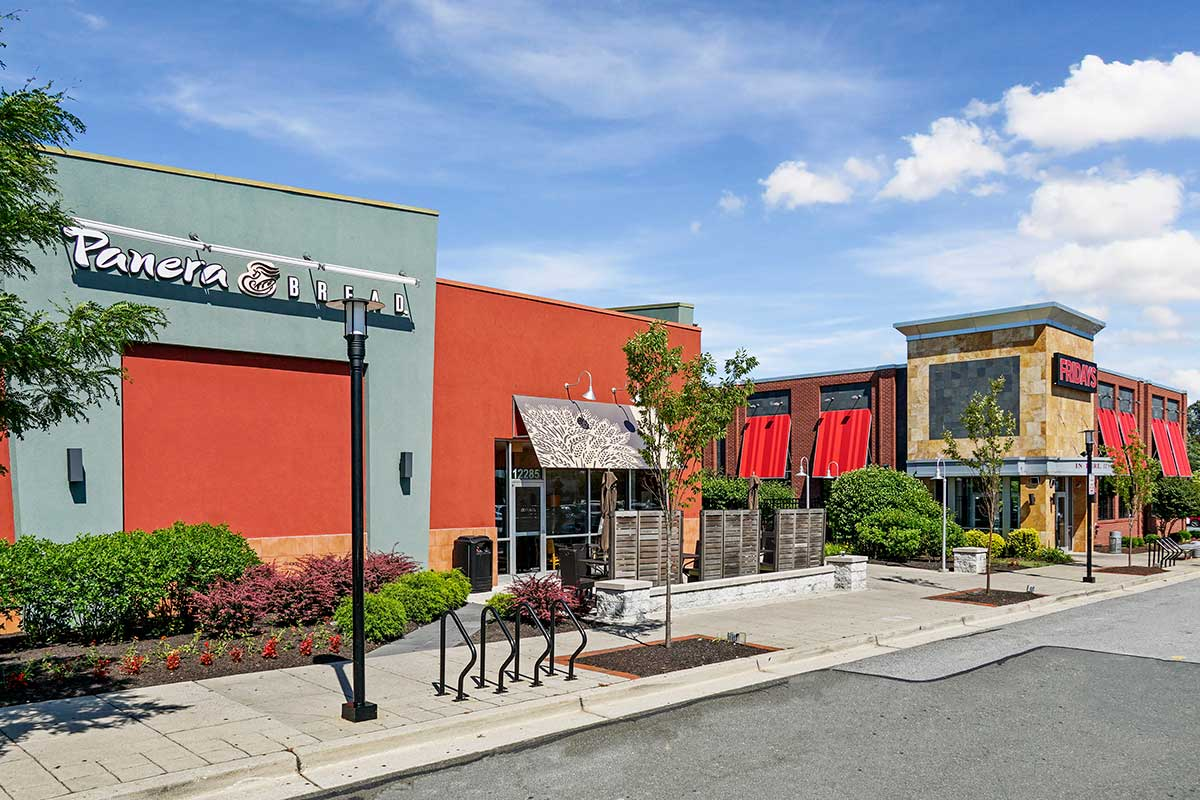 Lots of dining options 5 minutes from White Oak Towers Apartments in Silver Spring, MD