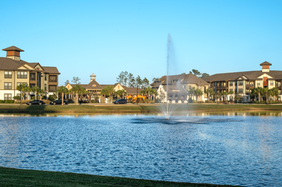Center Fountain at Whitepalm Luxury Apartment Homes in Port Orange, FL