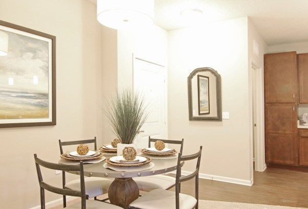 Dining Area at Whitepalm Apartments in Port Orange, FL